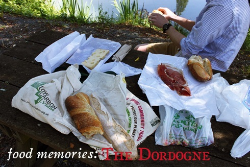 Picnic in the Dordogne